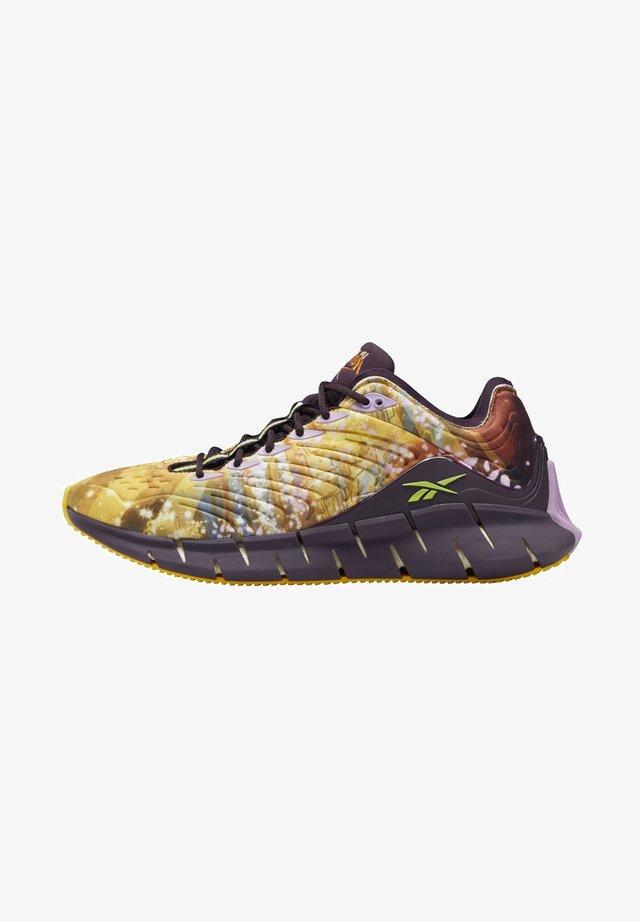 BUTY ZIG KINETICA - Stabilty running shoes - yellow