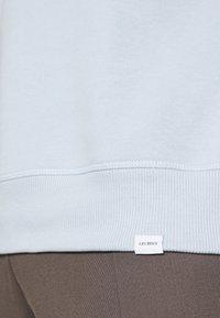 Les Deux - ENCORE LIGHT - Sweatshirt - dust blue/stone brown - 6