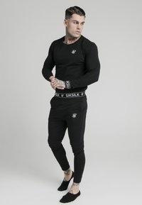 SIKSILK - LOUNGE TEE - Camiseta de manga larga - black - 1
