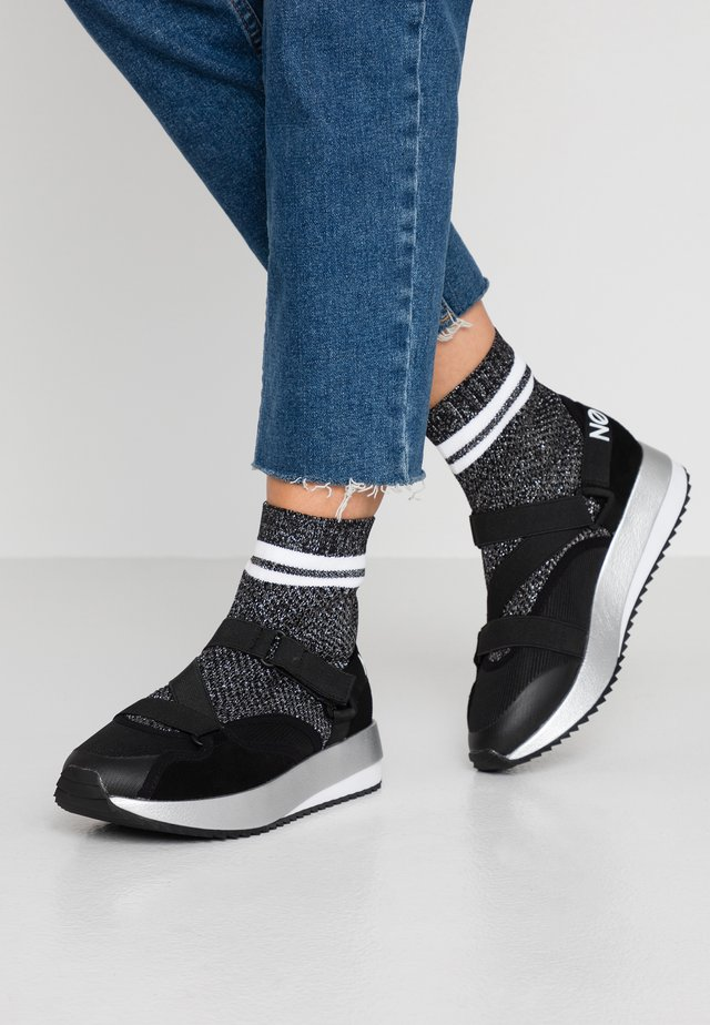 FUTURA SOCKS - High-top trainers - black