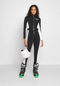Missguided - SKI SNOW FITTED - Tuta jumpsuit - black - 1