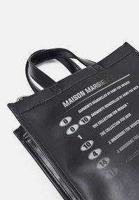 MM6 Maison Margiela - BORSA MANO - Handbag - black - 6