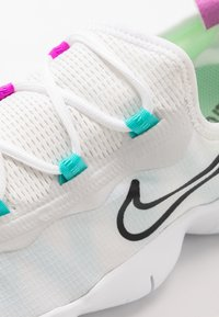 Nike Performance - FREE RN 5.0 2020 - Minimalist running shoes - white/black/summit white - 5