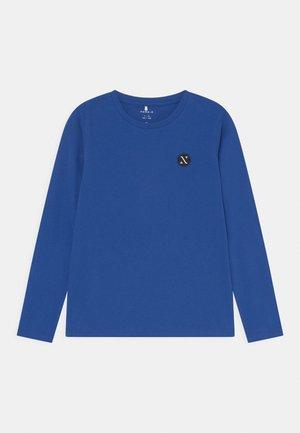 NKNFREY - Longsleeve - blue