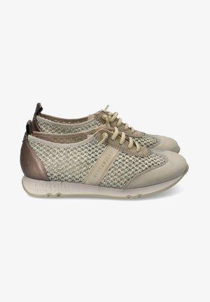 Sneakers laag - alga