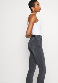 Calvin Klein Jeans - HIGH RISE SKINNY - Jeansy Skinny Fit - grey - 3