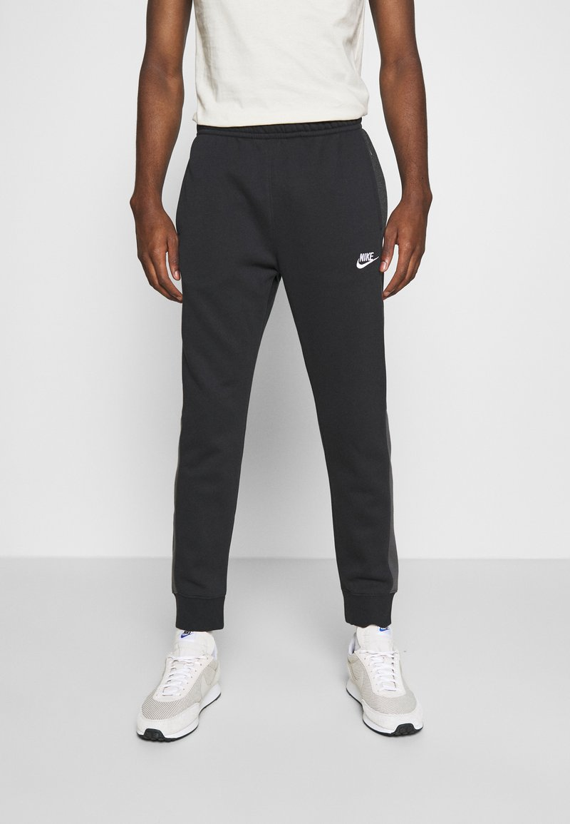 Nike Sportswear - Trainingsbroek - black heather/smoke grey/white