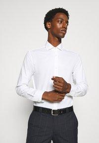 Jack & Jones PREMIUM - JPRBLAROYAL - Formal shirt - white - 0