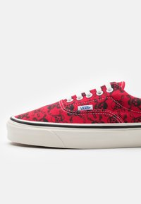 Vans - ANAHEIM ERA 95 DX UNISEX - Joggesko - red/black/white - 5
