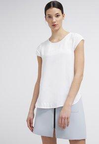 Vero Moda - BOCA  - Blouse - off white - 0