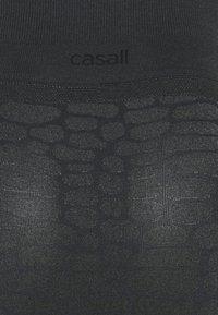 Casall - SHINY ALLIGATOR SEAMLESS - Leggings - shadow grey - 5
