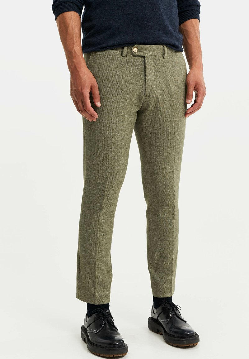 WE Fashion - HEREN SLIM FIT PANTALON - Broek - olive green