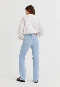 PULL&BEAR - Jeans Straight Leg - light blue - 2