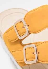 Gabor - Sandaler m/ tåsplit - mango - 2