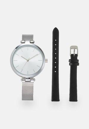 SET - Klokke - black/silver