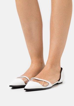 KAMILA - Ballet pumps - white