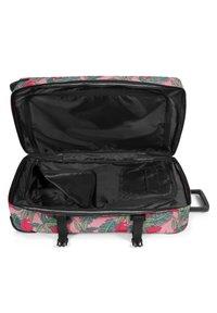 Eastpak - TRANVERZ  - Wheeled suitcase - brize tropical - 3