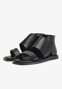 Inuovo - Ankle cuff sandals - mntrl black nbl - 2