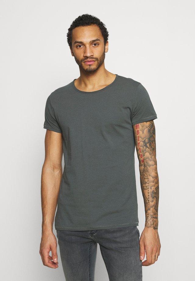 WREN - Camiseta básica - asphalt