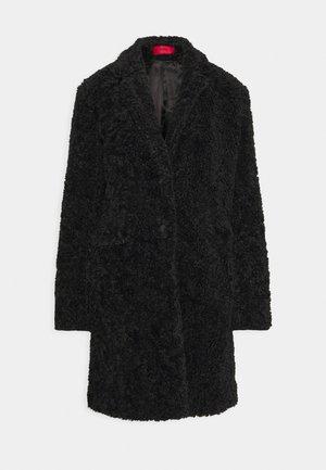MELLIA - Classic coat - black