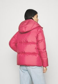 Tommy Hilfiger - PUFFY HOODED - Doudoune - royal magenta - 2