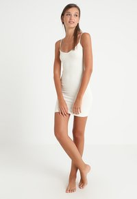 Free People - SEAMLESS MINI - Nightie - ivory - 1