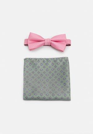 JACBO BOWTIE BOX SET - Tie - raspberry rose