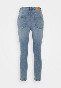 Vero Moda Petite - VMLOA - Jeans Skinny Fit - light blue denim - 1