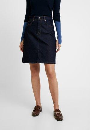 SLFATELIER RINSE SKIRT - A-line skirt - dark blue denim