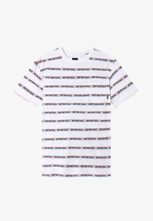 MN DIMENSIONS STRIPE - Print T-shirt - white