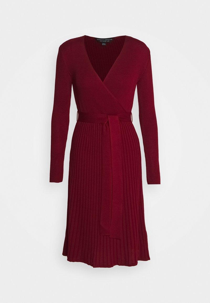Dorothy Perkins - WRAP DRESS - Strickkleid - burgundy