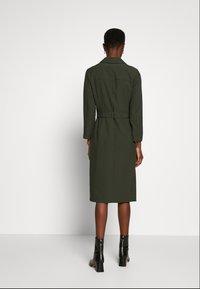 Dorothy Perkins Tall - LONG SLEEVE TRENCH DRESS - Robe d'été - khaki - 0