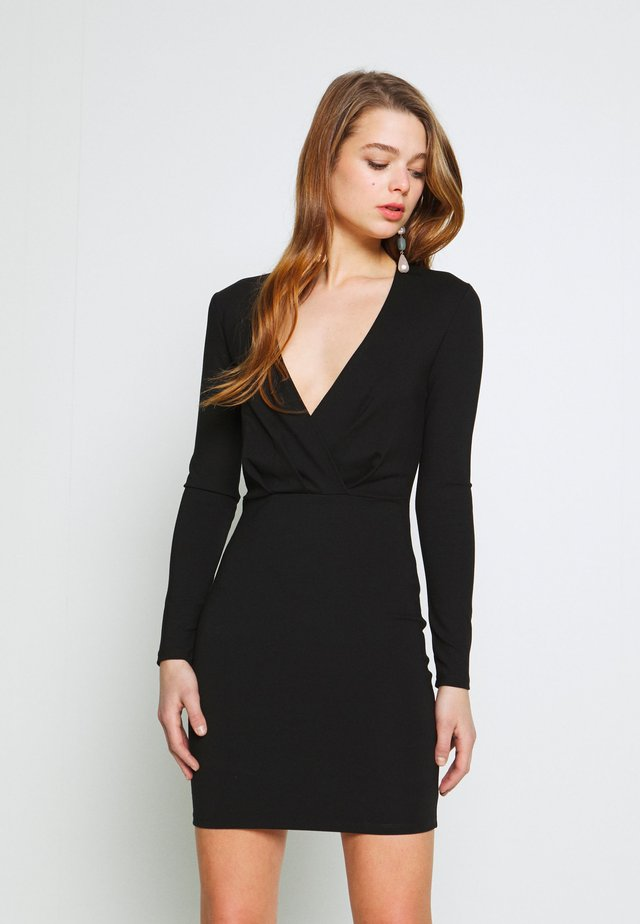 SLIM FIT MINI DRESS - Kotelomekko - black