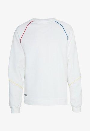 WHITE PRIMARY PIPED SWEAT - Sweatshirts - mid wash
