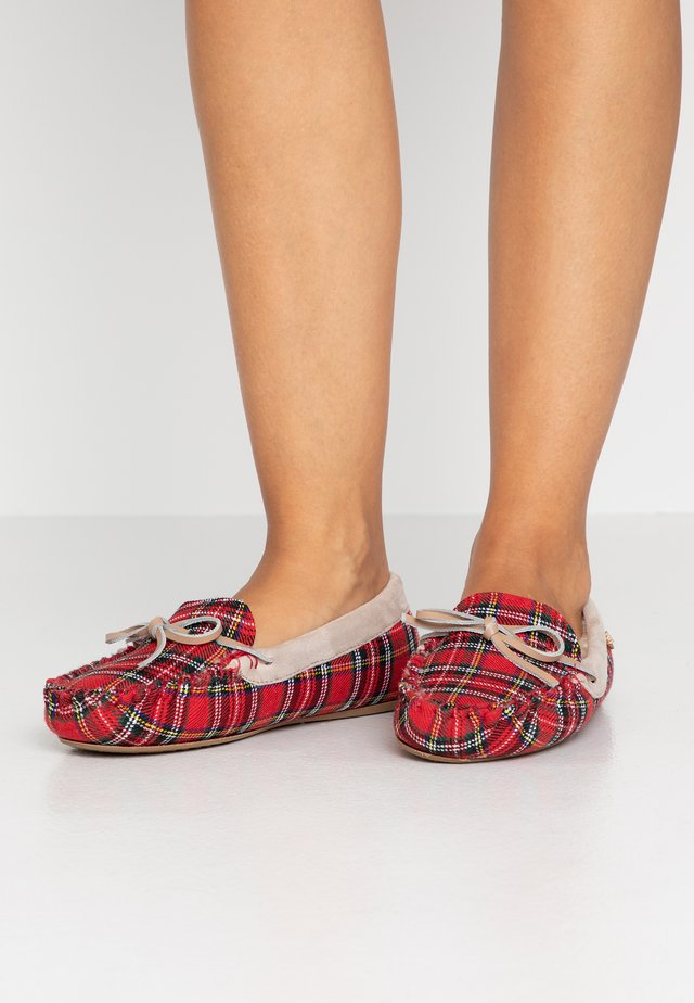 LOWMOC CHECK - Slippers - classic red