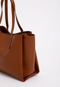 Pimkie - Tote bag - kastanienbraun - 2