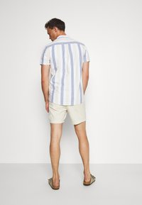 Selected Homme - SLHBENFIELD  - Shorts - turtledove - 2