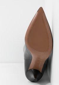 L'Autre Chose - High heeled boots - black - 6