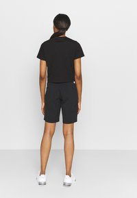 The North Face - FOUNDATION CROP TEE - T-shirts - black - 2