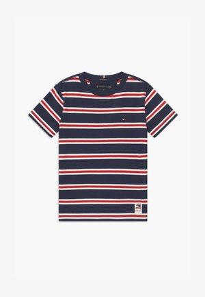BOLD STRIPE TEE - Print T-shirt - blue