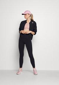 Nike Performance - BAND BRA NON PAD - Medium support sports bra - pink glaze/htr/pink glaze/(white) - 1