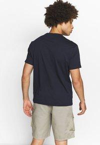 Champion - CREW NECK 2 PACK - T-shirt basic - white/navy - 2