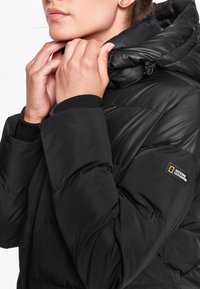 National Geographic - RE-DEVELOP  - Winter coat - black - 3