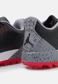 Nike Golf - JORDAN ADG 3 - Golfschoenen - black/fire/cement grey - 5
