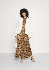 Banana Republic - ESSENTIAL DRESS  - Maxi dress - camel - 1