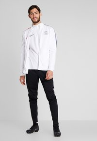 Nike Performance - PARIS ST GERMAIN - Veste de survêtement - white/university red - 1