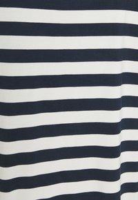 Nümph - BOWIE  - Print T-shirt - dark sapphire - 2