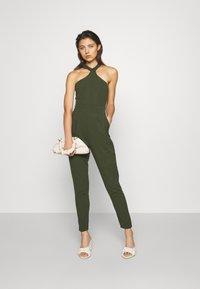 WAL G. - SULTANA HALTER NECK - Jumpsuit - khaki/green - 1