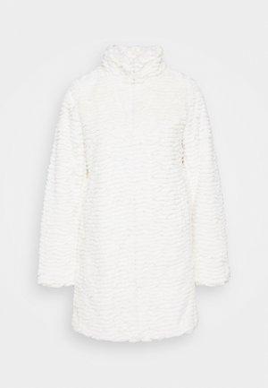 FUNNEL COLLAR COAT - Winter coat - cream
