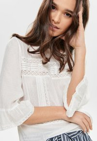 ONLY - Blouse - off-white - 4